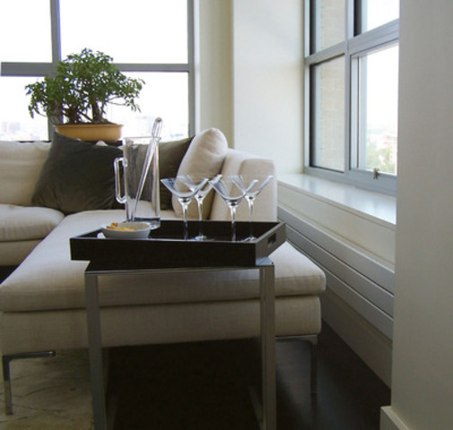 Radiators with a sleek two-inch profile can be integrated into any environment. They can be discreetly blended into classic decor or used as a bold complement to today's vibrant high-tech accessories. Custom sizes can be long and low under windows, attached to the ceiling, designed high and narrow for maximizing space, run vertically in tight corners or segmented for bay windows. (CNW Group/Beautiful Heat)