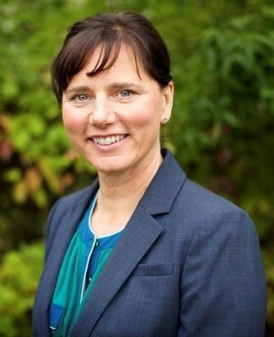 Kim Van Bruggen, ARP, FSCRP (Groupe CNW/Société canadienne des relations publiques)