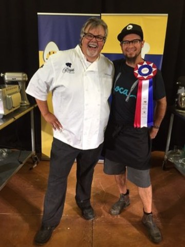 Ted Reader with Chef Shawn Adler, winner of the Paris Road to the Royal Chef Competition. (CNW Group/Royal Agricultural Winter Fair)