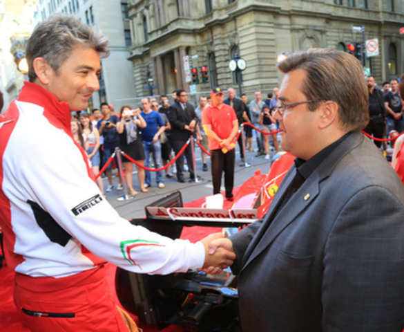 Marco Mattiacci et le maire de Montréal, Denis Coderre (Groupe CNW/HOTEL LE ST-JAMES MONTREAL)
