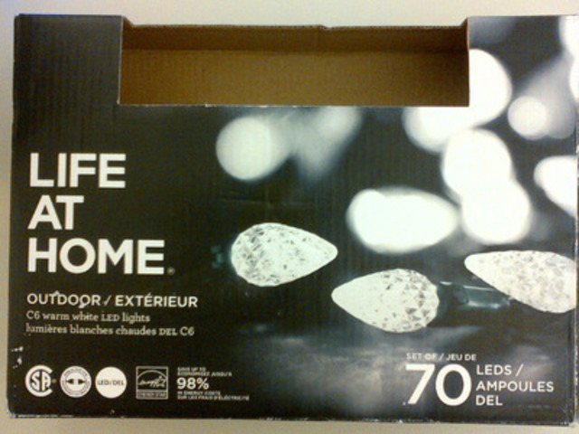 Life at Home™ 70 LED LIGHT OUTDOOR PURE WHITE (CNW Group/Loblaw Companies Limited)