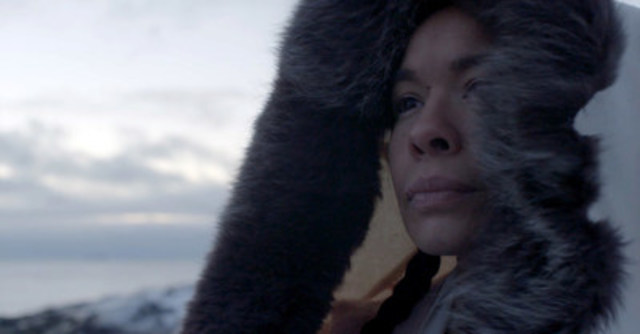 Miali Buscemi as Kenojuak Ashevak in Historica Canada's new Heritage Minute. (CNW Group/Historica Canada)