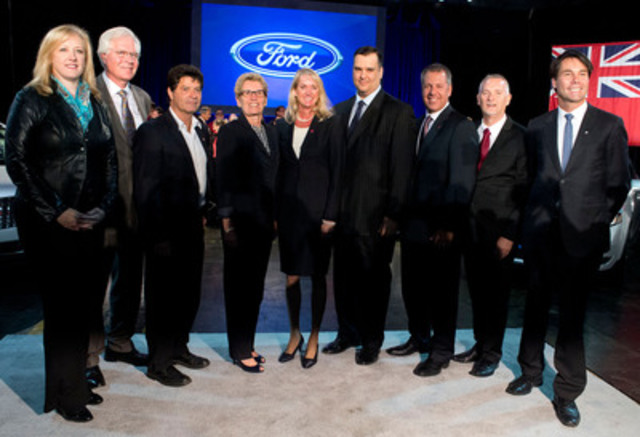 (From left to right) The Honourable Lisa Raitt, Minister of Transportation, Terence Young, MP, Oakville, and Jerry Dias, National President, UNIFOR stand with Kathleen Wynne, Premier of Ontario, Dianne Craig, president and CEO, Ford of Canada, the Honourable James Moore, Minister of Industry, Joe Hinrichs, Executive Vice President and Ford president of The Americas, Will Cowell, plant manager, Ford Oakville Assembly Complex, and Eric Hoskins, Provincial Minister of Economic Development, at the official announcement of Ford Motor Company's C$700 million investment into the Oakville Assembly Complex on September 19, 2013. (CNW Group/Ford of Canada)