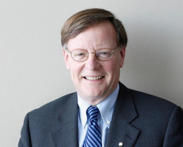 Le conférencier d'honneur, M. Jeffrey Simpson, chroniqueur aux affaires nationales du Globe and Mail, s'adressera aux délégués et participants sur le thème du changement climatique durant la plénière d'ouverture du 30e Congrès annuel et salon professionnel de l'Association canadienne de l'énergie éolienne. (Groupe CNW/Association canadienne de l'énergie éolienne)