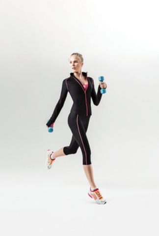 PURE NRG Athletics Activewear. (CNW Group/Sears Canada Inc.)