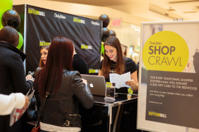 ShopCrawl check-in kiosk located in Dufferin Mall's Centre Court (CNW Group/Dufferin Mall)