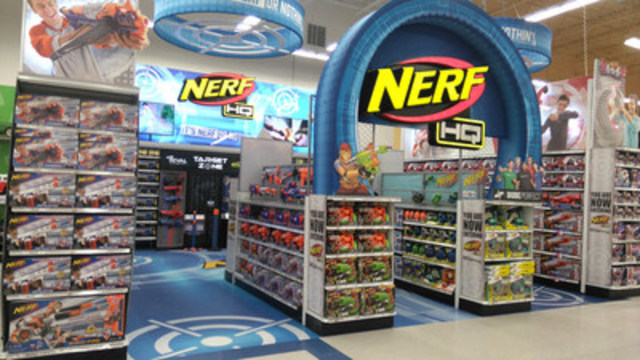 """Nerf HQ at Toys """"R"""" Us London, Ontario (CNW Group/Hasbro Canada)"""