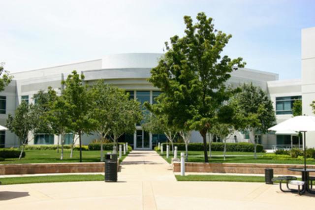 Ivanhoé Cambridge acquiert 73 immeubles de bureaux dans Silicon Valley avec ses partenaires TPG et DivcoWest. En photo : 2300 Central Expressway, Mountain View, Californie. Crédit photo: M West Properties. (Groupe CNW/Ivanhoé Cambridge)