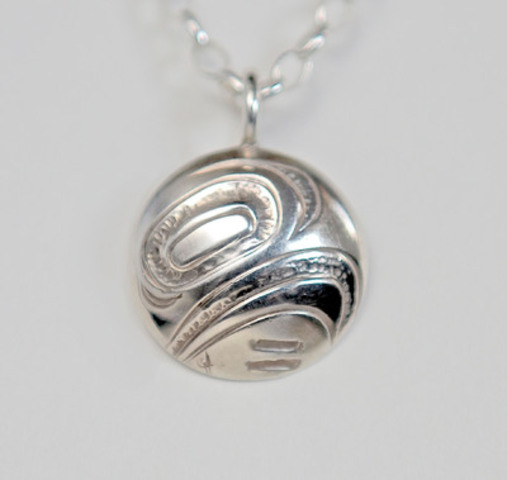 2010 Olympic Medal Designer creates exquisite pendant to celebrate equality and freedom during Women's World Cup. Silver pendants start at $59.99. All proceeds benefit the non-profit organization Equal Play projects for girls.(CNW Group/Equal Play)