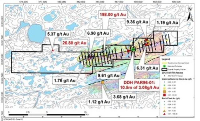 Figure 1 : Carte des résultats pour l'or dans des échantillons choisis de roche – programme de prospection 2015 à Qiqavik et résultats historiques (Groupe CNW/Corporation Royal Nickel)