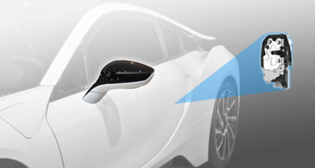 With hidden-turn-signal outside mirrors and SmartLatch™, an electronic side-door latch system, Magna International supplies two innovative, industry-first systems on the BMW i8 plug-in electric sports car. (CNW Group/Magna International Inc.)