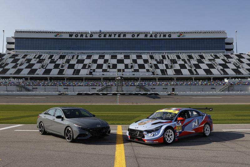 Hyundai Elantra N TCR Set for Racing Debut