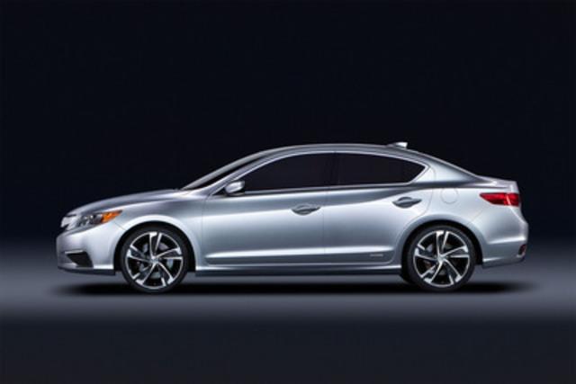 Le concept ILX d'Acura est le précurseur d'une toute nouvelle berline compacte de luxe, dont le lancement au Canada est prévu au printemps de 2012. Positionnée comme modèle d'entrée de gamme de la marque, l'ILX proposera trois groupes motopropulseurs différents, notamment le tout premier ensemble hybride (essence-électricité) d'Acura. (Groupe CNW/Honda Canada Inc.)