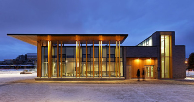 Northern Ontario Excellence Award Winner: Water Garden Pavilion, Thunder Bay; Architect: Brook McIlroy - Engineer: Blackwell Bowick Partnership Ltd. (CNW Group/Ontario Wood WORKS!)
