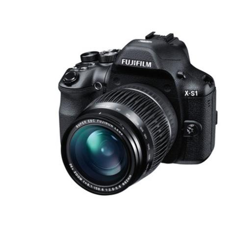 Fujifilm X-S1 Front Left 24mm (Groupe CNW/FUJIFILM Canada Inc.)