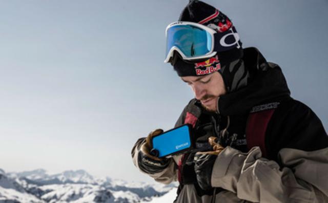 Pro Skier Sean Pettit using HITCASE PRO 6 (CNW Group/HIT Technologies Inc)