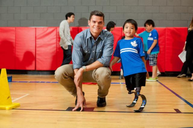OTTAWA - le 10 fév. 2015 - Le Comité paralympique canadien (CPC) est honoré et reconnaissant d'annoncer qu'il est le récipiendaire d'un don de 30 000 $ de la Fondation Milos Raonic pour aider plus d'enfants ayant un handicap à s'impliquer dans les sports.  (Groupe CNW/Comité paralympique canadien (CPC))