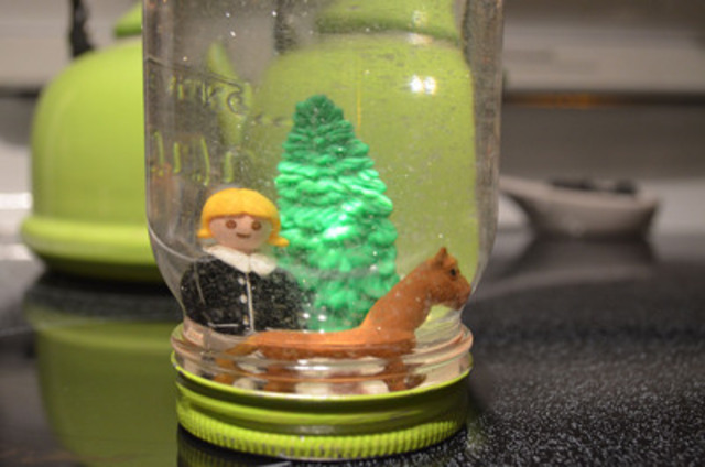 On the first day of Christmas my true love gave to me: a snowglobe made from old toys and a recycled jar. For families with small children, it's pretty much guaranteed that there are a bunch of those little toys and figurines lying around. This snowglobe is a genius way to showcase a child's favourite toy and is a perfect keepsake. (CNW Group/Toronto Hydro Corporation)