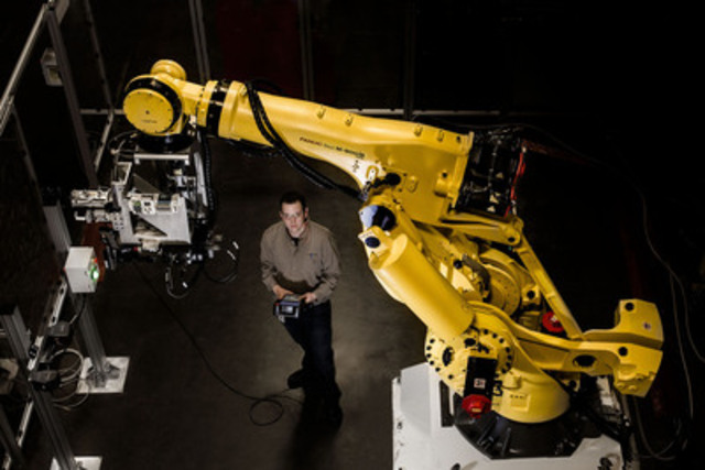 The new centre will develop advanced robotic processes, software applications and intellectual property that will be exported to GE Aviation facilities around the world. (CNW Group/GE Canada)
