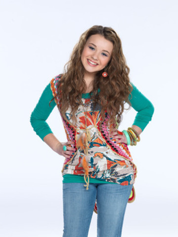 Torri Webster stars as Tess Foster in YTV's Life with Boys. (CNW Group/YTV CANADA INC.)
