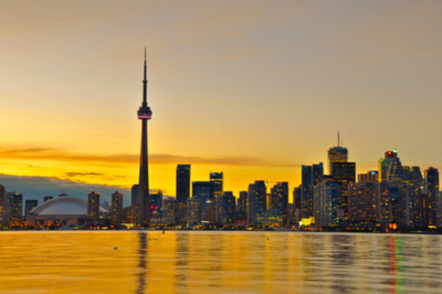 Toronto - A dynamic metropolis with a core of soaring skyscrapers and the iconic CN Tower (CNW Group/Hotels.com)