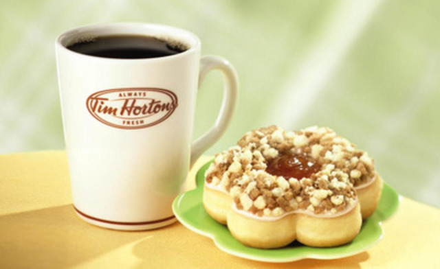 Tim Hortons New Apple Cobbler donut, inspired by Food Network Canada's Donut Showdown, is the latest addition to the company's donut menu. (CNW Group/Tim Hortons)