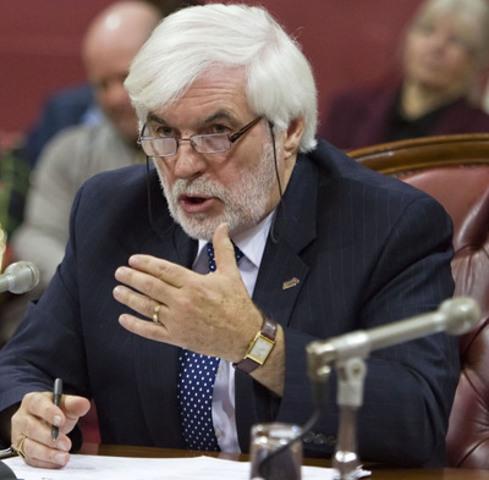 M. Pierre-Paul Côté a été réélu pour un second mandat à la tête des 56 000 membres de l'AREQ, lors du 45e Congrès de l'Association.  (Groupe CNW/AREQ (CSQ) - Association des retraitées et retraités de l'éducation et des autres services publics du Québec)