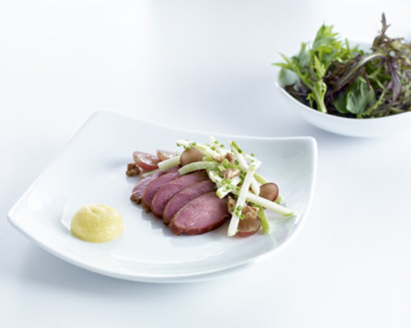 Smoked Ontario Duck Breast (CNW Group/Air Canada)
