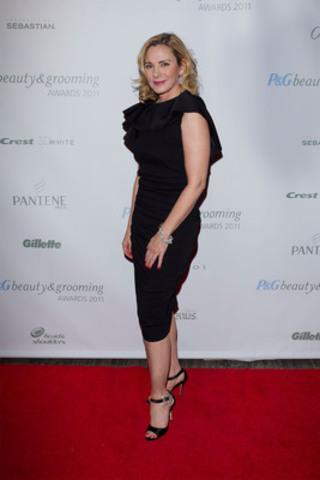 Toronto, 1er novembre; animée par l'unique Kim Cattrall, la troisième édition des Prix P&G Beauté &Soins célèbre les talents de l'industrie de la mode et de la beauté canadienne. (Groupe CNW/P&G Beauté)