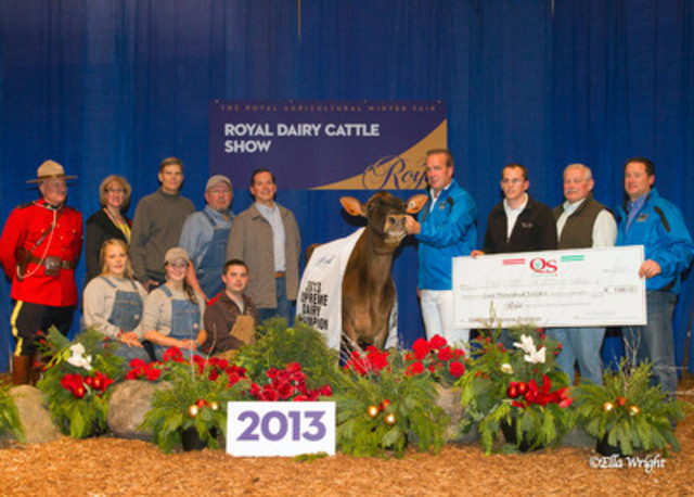 Supreme Champion Dairy Cow (CNW Group/The Royal Agricultural Winter Fair)