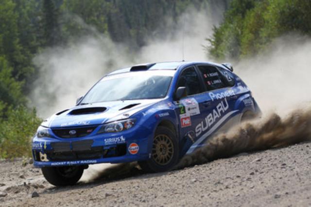 Le pilote de l'équipe canadienne des rallyes Subaru Pat Richard et sa copilote Leanne Junnila ont été épatés par la performance brute de leur Subaru Impreza WRX STI 2008 lors du rallye Défi. (Groupe CNW/Subaru Canada Inc.)