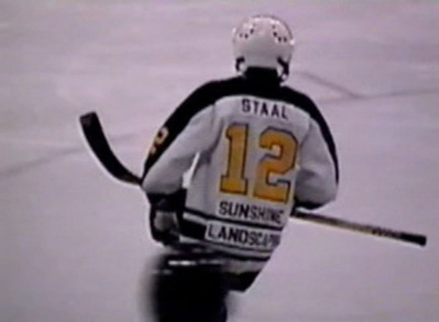 Staal brothers playing hockey as children in Thunder Bay, ON