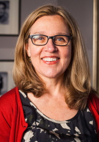 Matthew Winkler, co-founder and editor-in-chief emeritus of Bloomberg News, will be in conversation with Jacquie McNish (pictured), senior correspondent with The Wall Street Journalism, for a Canadian Journalism Foundation talk on October 25 in Toronto. (CNW Group/Canadian Journalism Foundation)