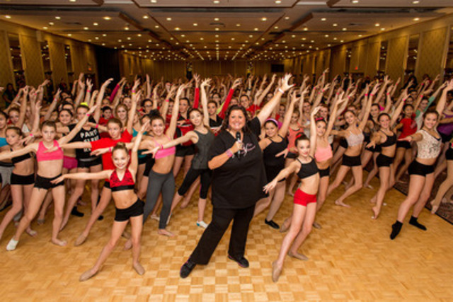 "Abby Lee Miller, the star of Lifetime's ""Dance Moms"", shows a room full of young Toronto dancers her secrets to perfect legs and feet at The Doubletree Hotel on Sunday November 25th, 2012. (CNW Group/Shaw Media)"