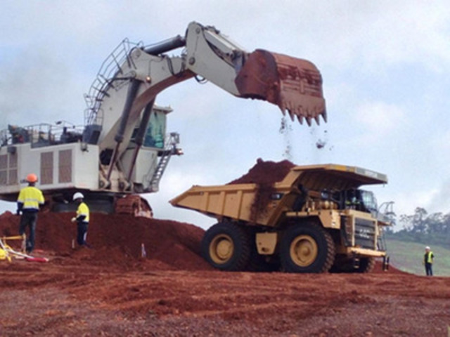 Mining commences on South Pit (CNW Group/Endeavour Mining Corporation)