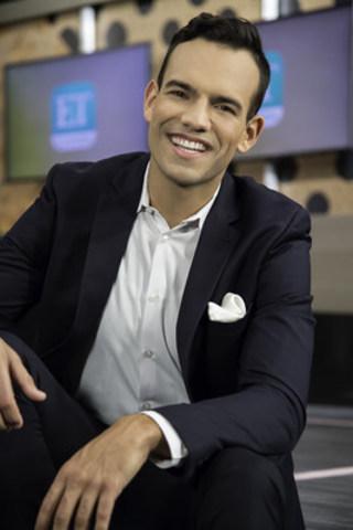 ET Canada entertainment reporter, Jake Mossop (CNW Group/Entertainment Tonight Canada)