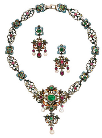 Lot 205 An Antique Gem-Set, Enamel and Silver Suite, early 19th century. Property from the estate of Brenda and Robertson Davies (CNW Group/Dupuis Auctioneers)