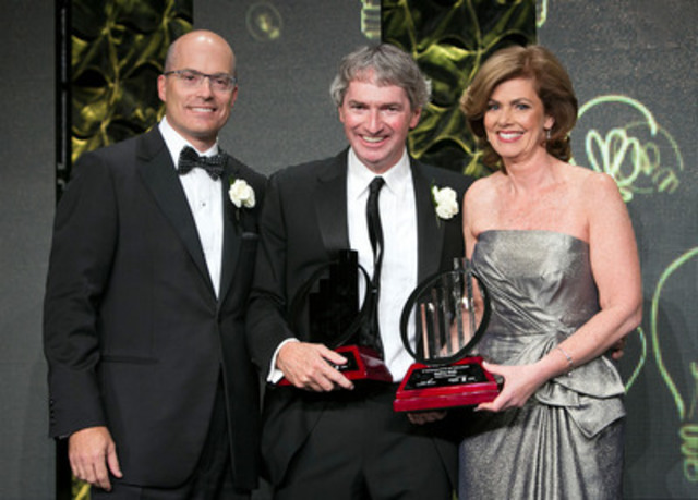Geoff Smith (Middle) (CNW Group/EllisDon Corporation)
