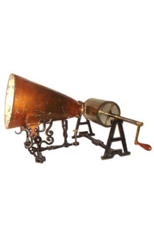 Le phonautographe de Scott © Musées de la civilisation (Groupe CNW/Commission de la capitale nationale du Québec (CCNQ))