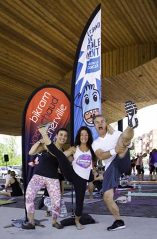 De gauche à droite : Valérie Trinh et Isabelle O'Brien, organisatrices d'un événement de défoulement et Bruno Pelletier, porte-parole de la Fondation québécoise du cancer. (Groupe CNW/Fondation québécoise du cancer)