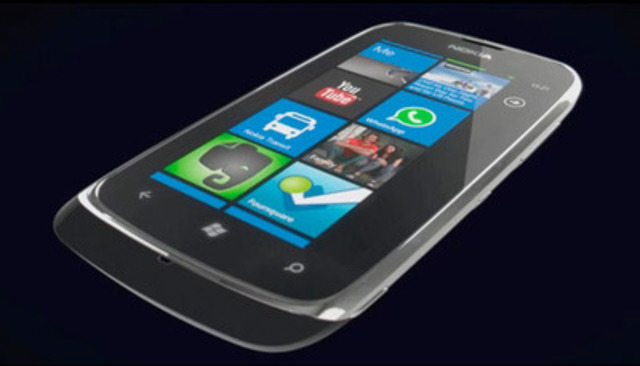 Video: Nokia Lumia 610 lands at TELUS just in time for Back-To-School
