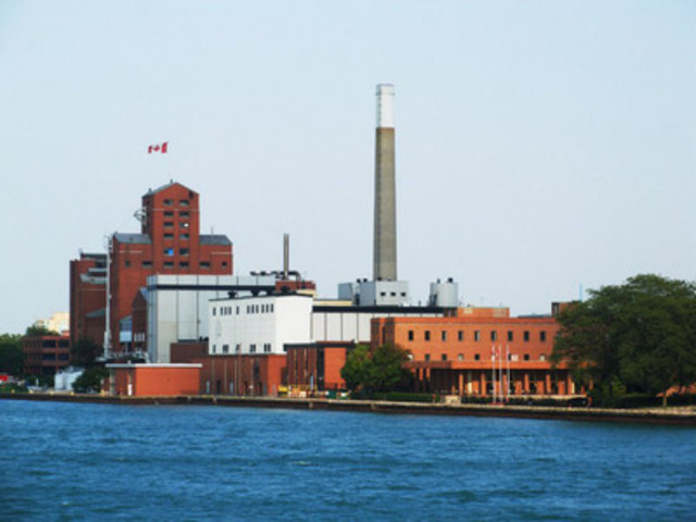 Hiram Walker & Sons Ltd. facility in Windsor, Ontario. (CNW Group/Hiram Walker & Sons Limited)