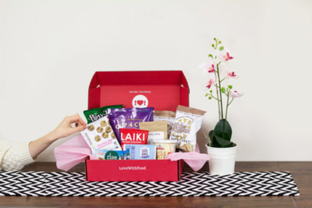 Natural American made snacks delivered to your door monthly (CNW Group/Love With Food)
