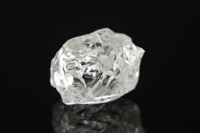 Kennady Diamonds 2016 bulk sample diamond. (CNW Group/Kennady Diamonds Inc.)