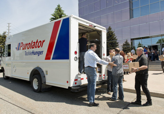 In 2012, Purolator Tackle Hunger raised 1 million pounds of food for local food banks. This year, the goal is to raise 1.1 million pounds. (CNW Group/Purolator Inc.)