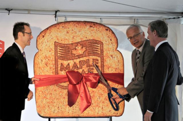 La plus grande boulangerie du Canada a ouvert ses portes aujourd'hui (Groupe CNW/Maple Leaf Foods Inc.)
