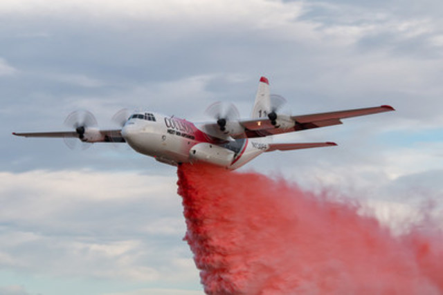 Coulson Aviation C-130 H model equipped with RADS tanking system (CNW Group/The Coulson Group of Companies)