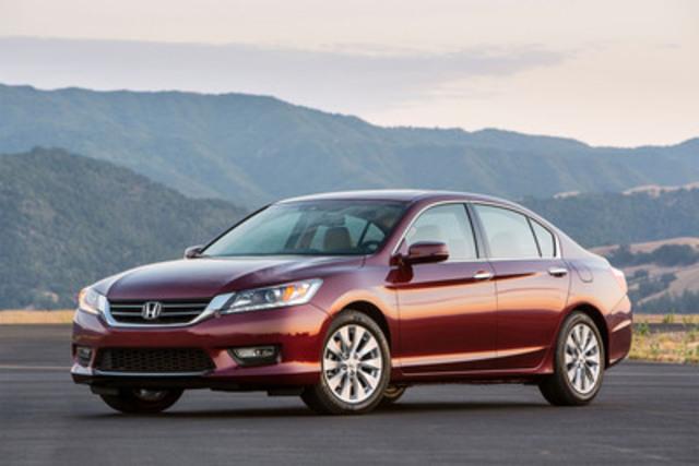 Honda a présenté les versions berline et coupé de la toute nouvelle Honda Accord 2013, marque issue d'une longue tradition qui redéfinira une fois de plus les concepts de sophistication, d'efficience et de plaisir de conduire dans le segment des véhicules intermédiaires. La berline Honda Accord 2013 sera mise en vente le 24 septembre 2012, et le coupé suivra le 1er novembre 2012. (Groupe CNW/Honda Canada Inc.)