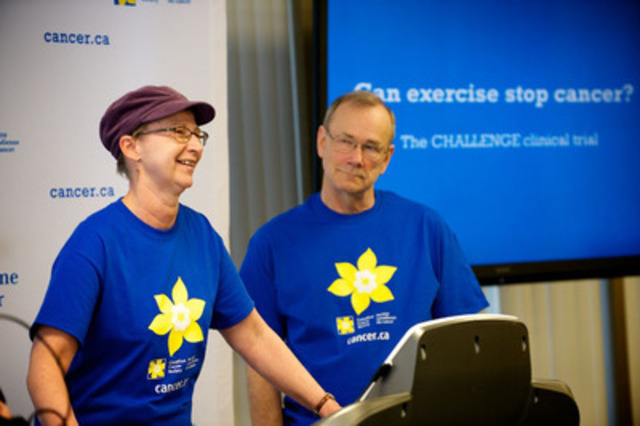 Dorothy Kingma and Lyle Southam, colon cancer survivors and participants in the CHALLENGE clinical trial. Colon cancer survivors needed for groundbreaking clinical trial (CNW Group/Canadian Cancer Society (Ontario Division))