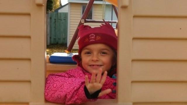 Jolyanne fille canadienne de cinq ans (Groupe CNW/Coalition des médecins pour la justice sociale)